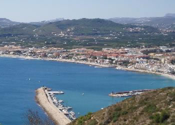 Holiday rentals in Javea. Javea's 20 km of beautiful, varied coastline